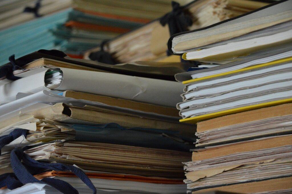 Stop per sempre alla burocrazia inutile.